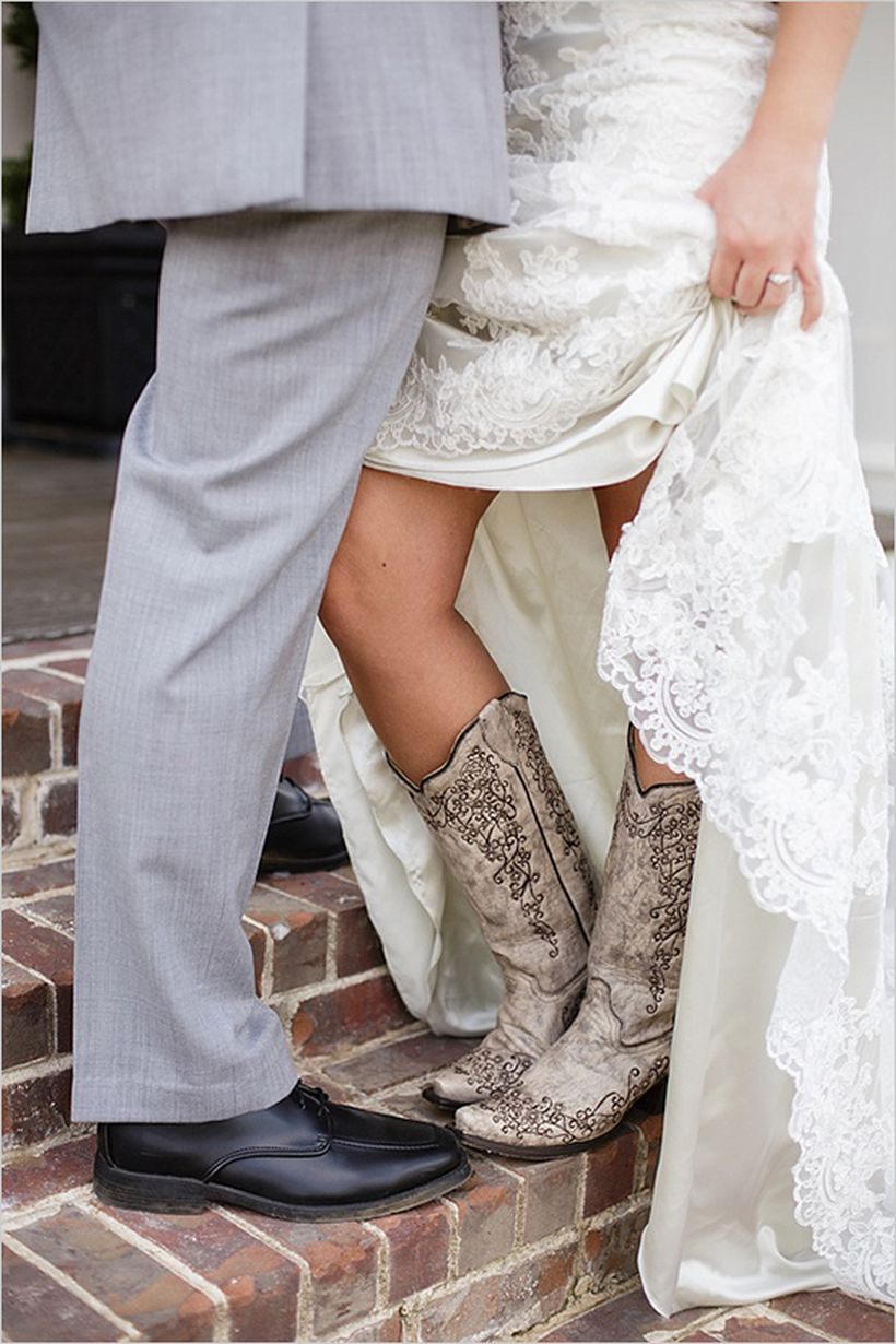 Vintage wedding outfit with country boots 55