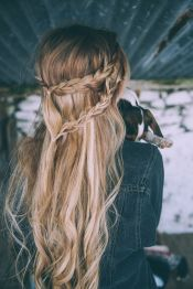 Amazing khaleesi game of thrones hairstyle ideas 33