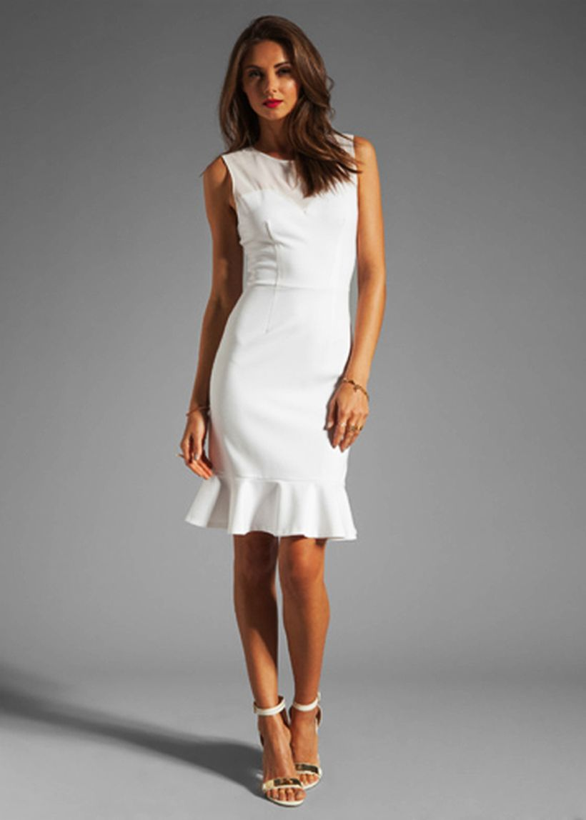 Amazing white short dresses ideas for party outfits 52