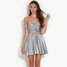 Awesome teens short dresses ideas for graduation outfits 113