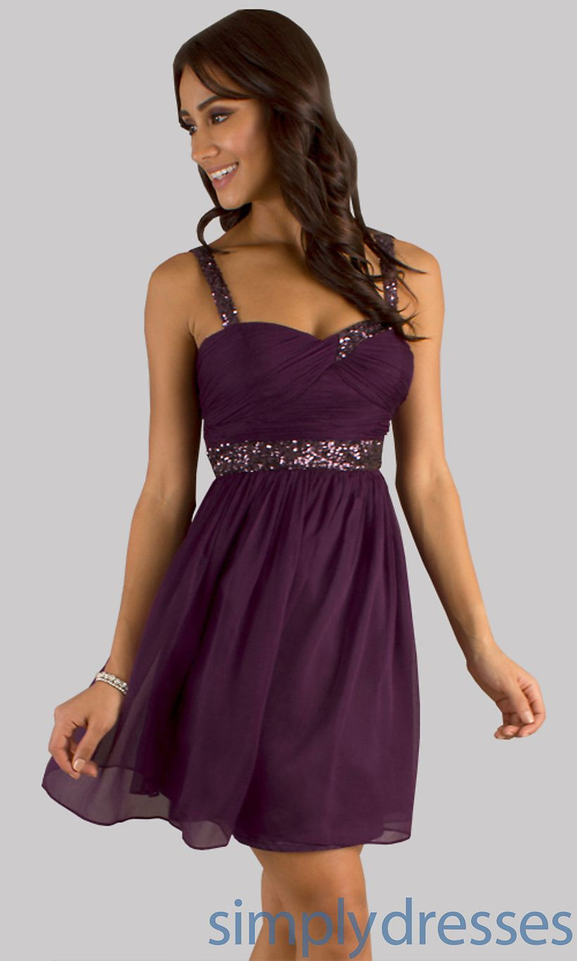 Awesome teens short dresses ideas for graduation outfits 130