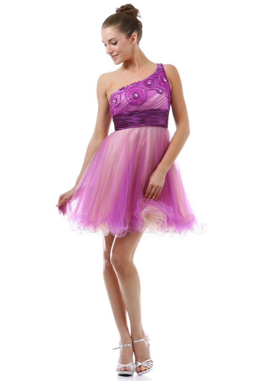 Awesome teens short dresses ideas for graduation outfits 134