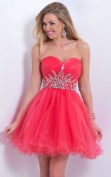 Awesome teens short dresses ideas for graduation outfits 138
