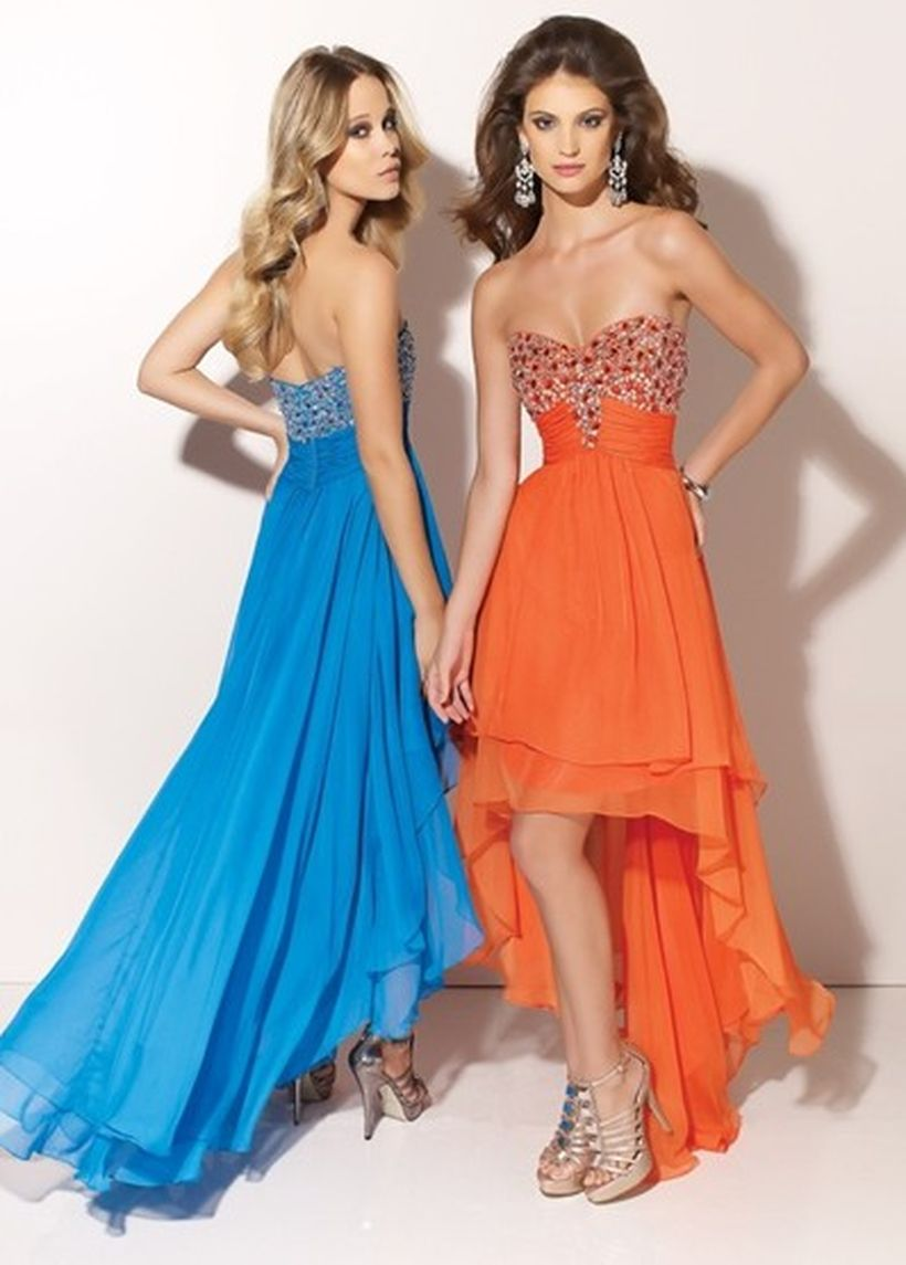 Awesome teens short dresses ideas for graduation outfits 163