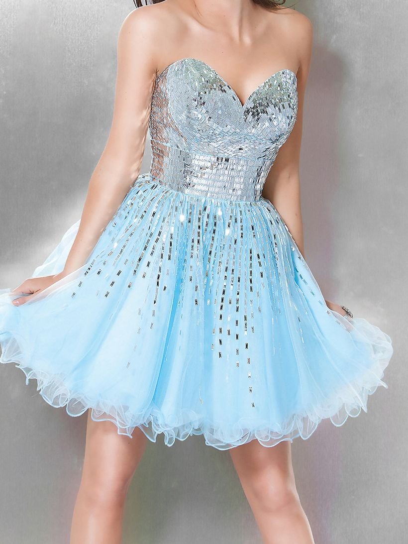 Awesome teens short dresses ideas for graduation outfits 187