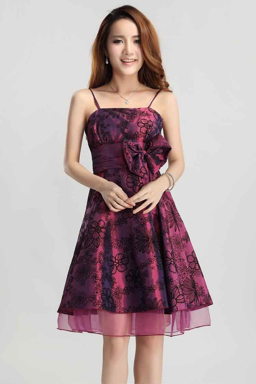 Awesome teens short dresses ideas for graduation outfits 198