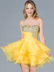 Awesome teens short dresses ideas for graduation outfits 43