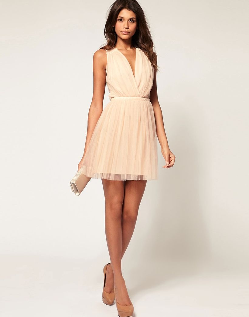Awesome teens short dresses ideas for graduation outfits 81