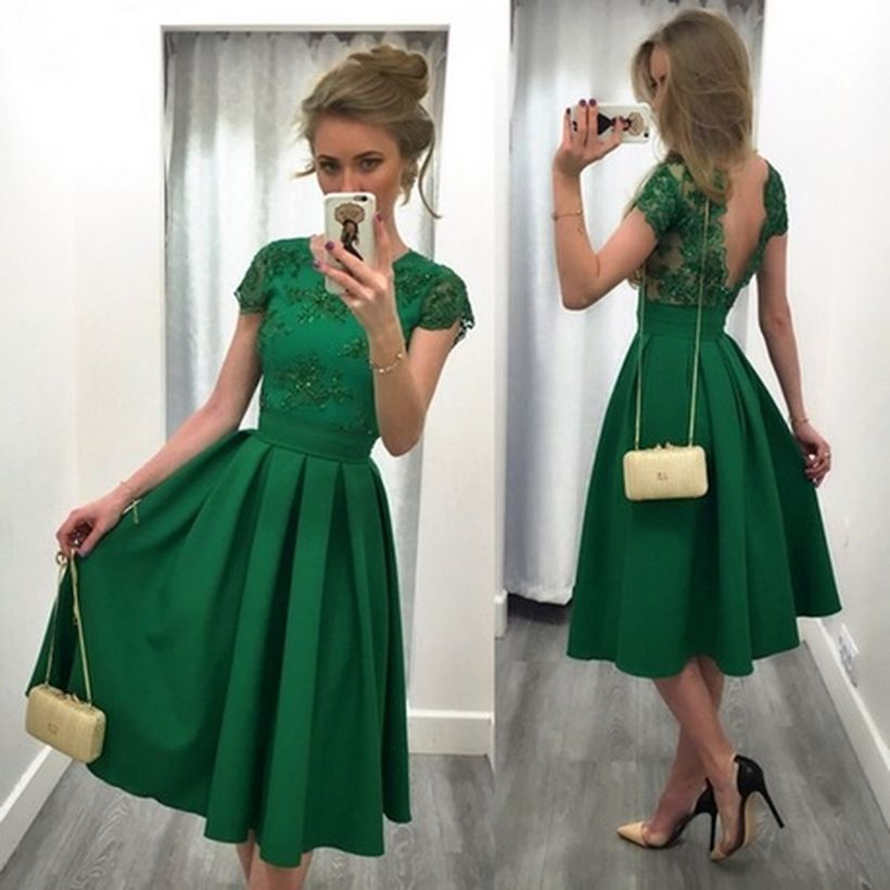 Awesome teens short dresses ideas for graduation outfits 87