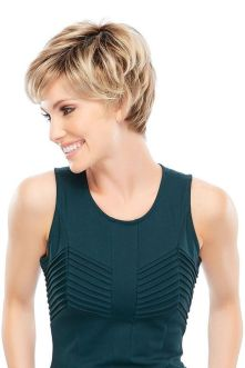 Cool short pixie blonde hairstyle ideas 9