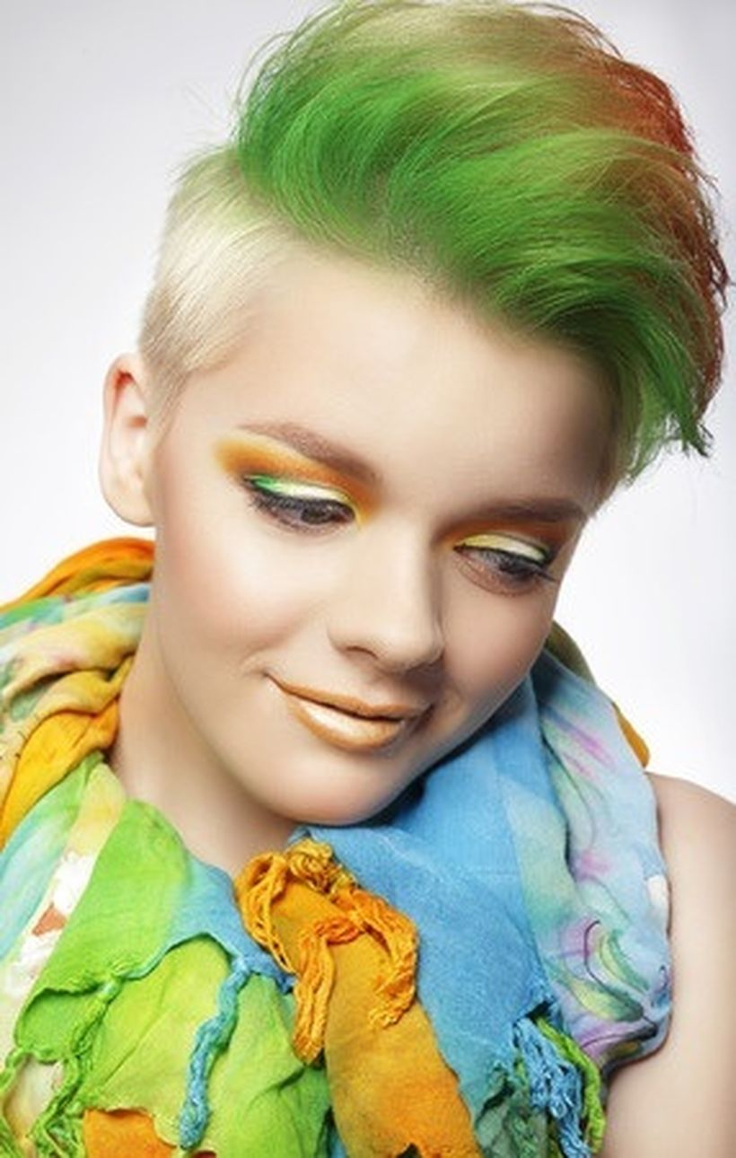 Crazy hair colour ideas for medium and short hair 46