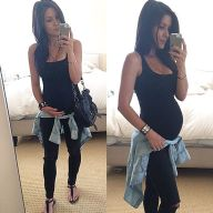Fashionable maternity outfits ideas for summer and spring 10