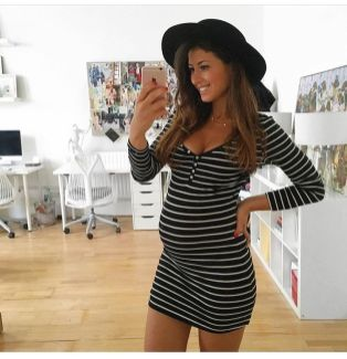 Fashionable maternity outfits ideas for summer and spring 102