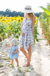 Fashionable maternity outfits ideas for summer and spring 20