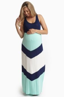 Fashionable maternity outfits ideas for summer and spring 7