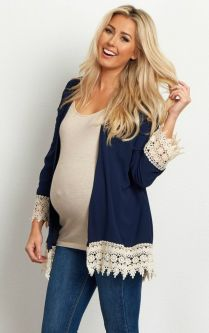 Fashionable maternity outfits ideas for summer and spring 88
