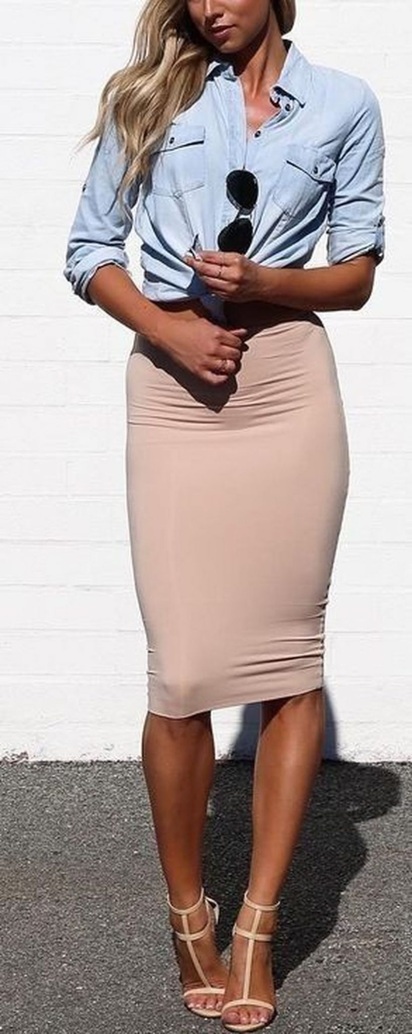 Fashionable skirt outfits ideas that you must try 2