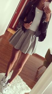 Fashionable skirt outfits ideas that you must try 25