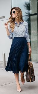 Fashionable skirt outfits ideas that you must try 31