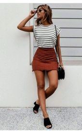 Fashionable skirt outfits ideas that you must try 6
