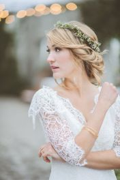 Gorgeous rustic wedding hairstyles ideas 11