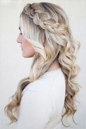 Gorgeous rustic wedding hairstyles ideas 2