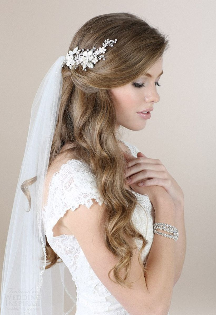 Gorgeous rustic wedding hairstyles ideas 35