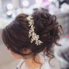 Gorgeous rustic wedding hairstyles ideas 41