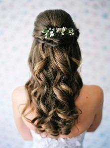 Gorgeous rustic wedding hairstyles ideas 44