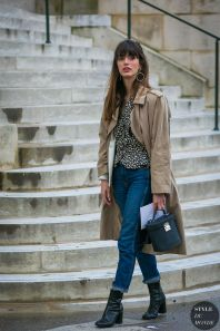 Inspiring simple casual street style outfits ideas 37