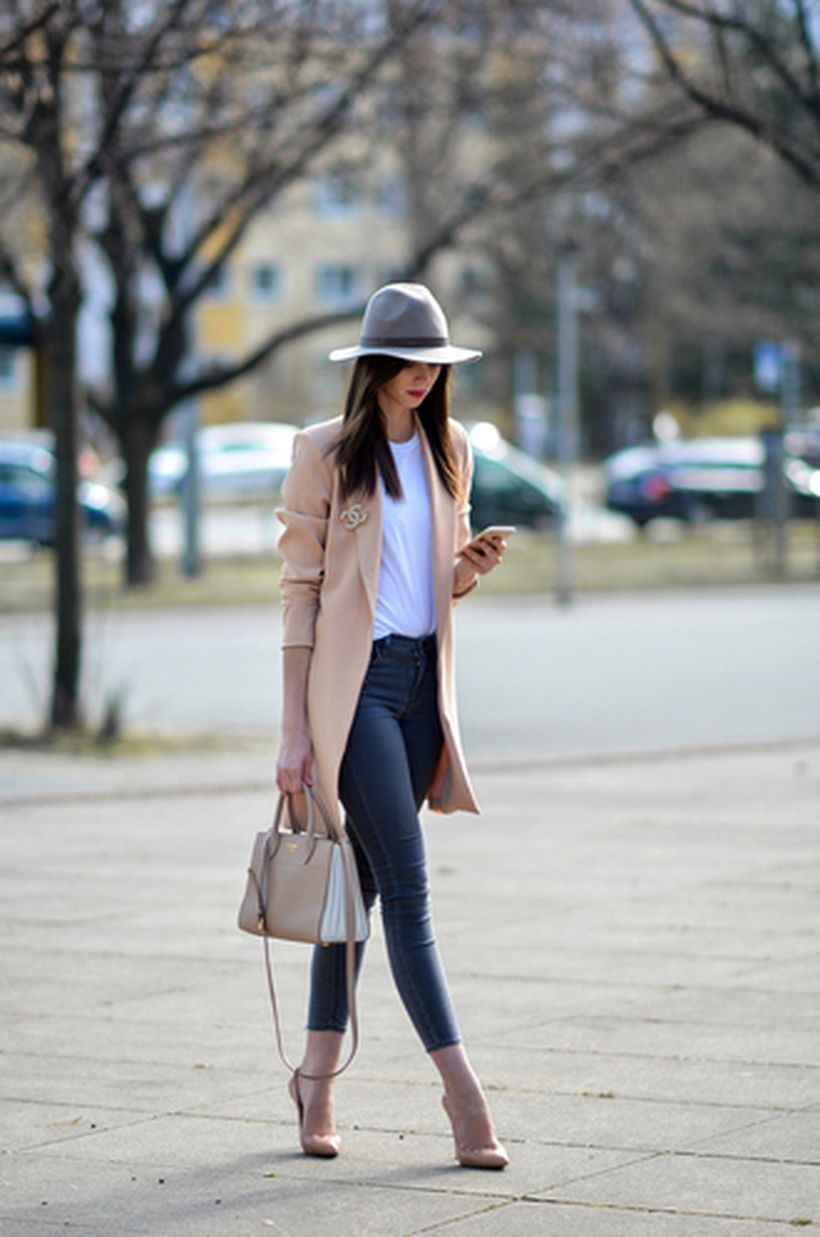 Inspiring simple casual street style outfits ideas 44