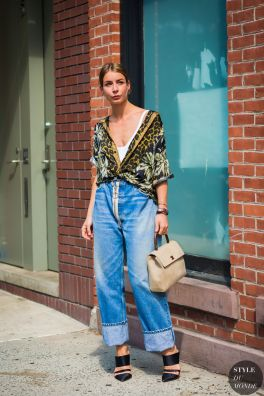 Inspiring simple casual street style outfits ideas 7