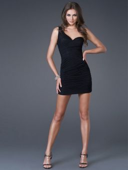 Stunning black short dresses outfits for party ideas 102