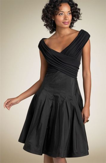 Stunning black short dresses outfits for party ideas 108