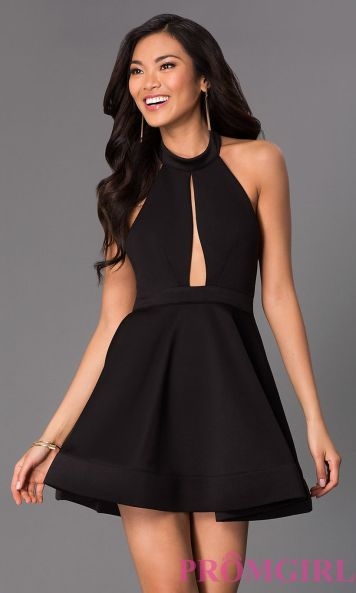 Stunning black short dresses outfits for party ideas 27
