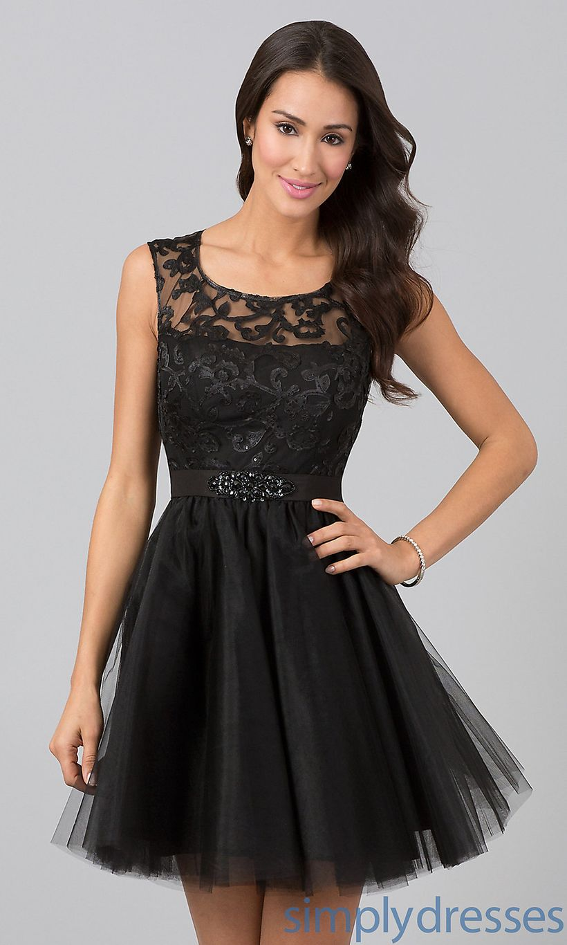 Stunning black short dresses outfits for party ideas 28