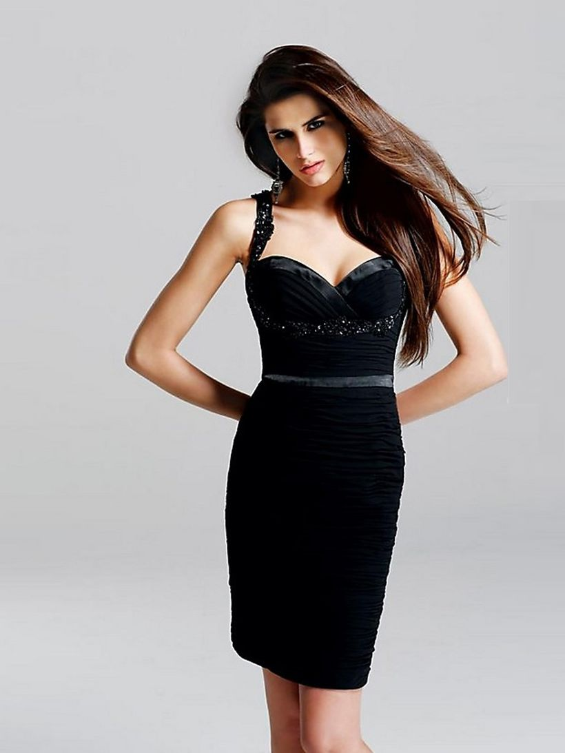 Stunning black short dresses outfits for party ideas 63
