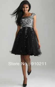 Stunning black short dresses outfits for party ideas 89