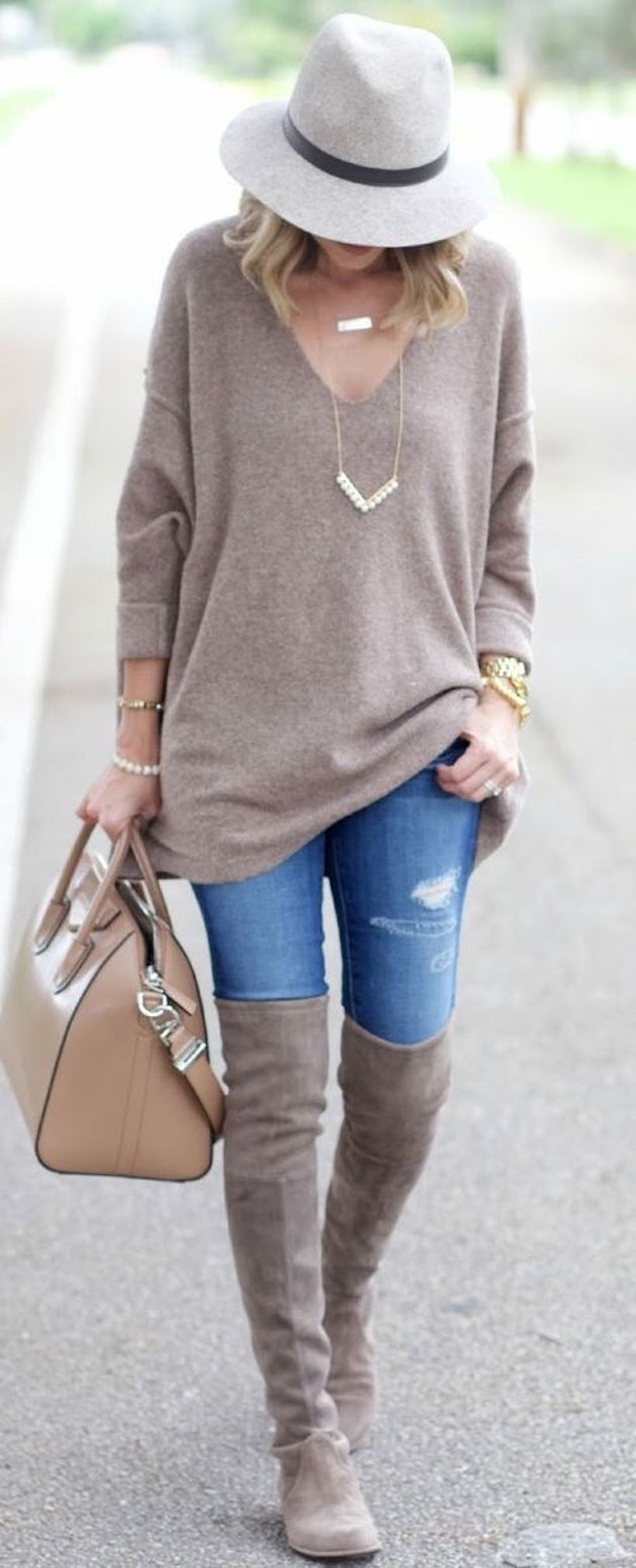 Trendy over the knee boots for winter and fall outfits 28