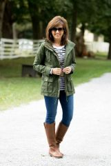 Fashionable over 50 fall outfits ideas 30