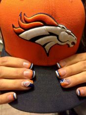Seahawks nails design 30