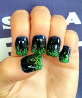 Seahawks nails design 44