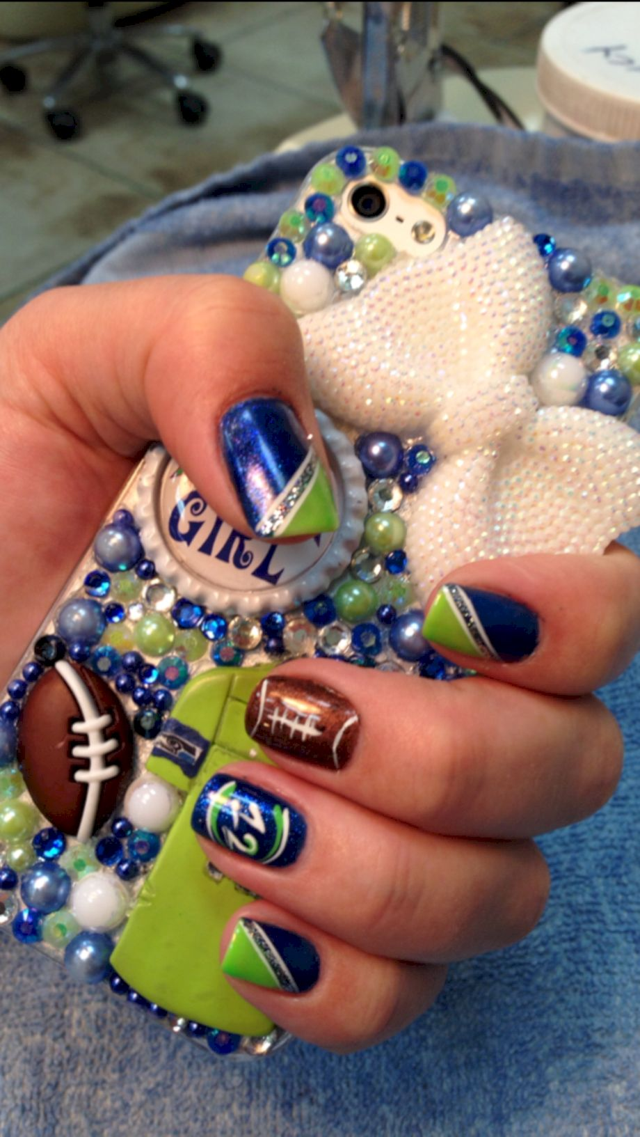 Seahawks nails design 65