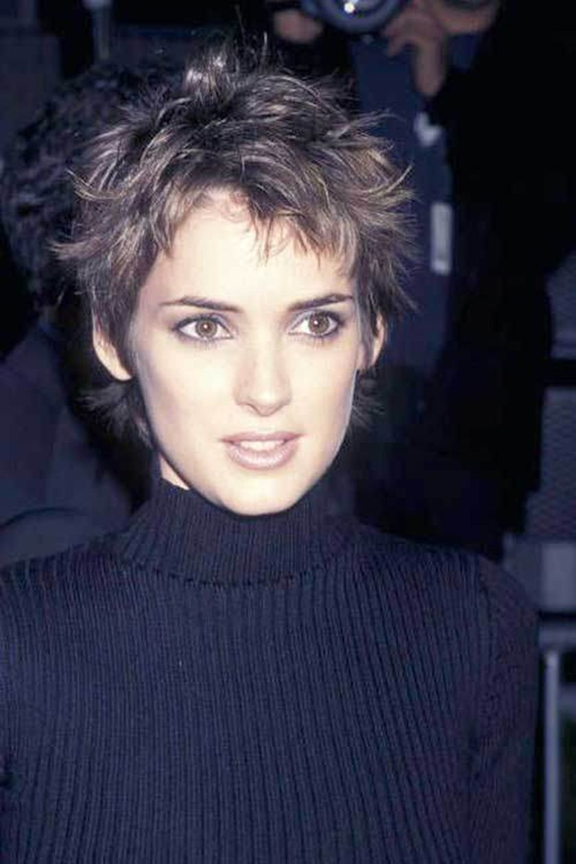 Short messy pixie haircut hairstyle ideas 12