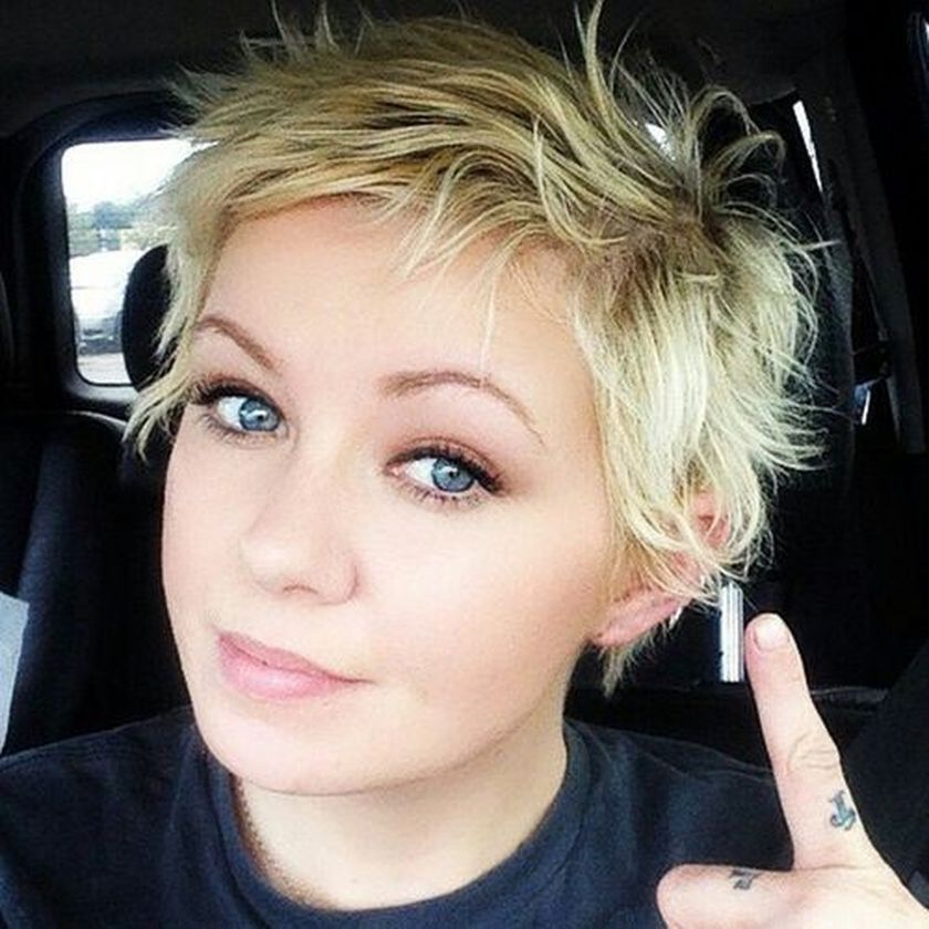 Short messy pixie haircut hairstyle ideas 2