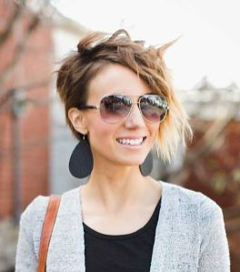 Short messy pixie haircut hairstyle ideas 21