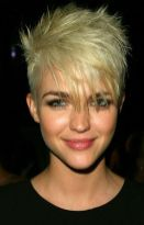 Short messy pixie haircut hairstyle ideas 43