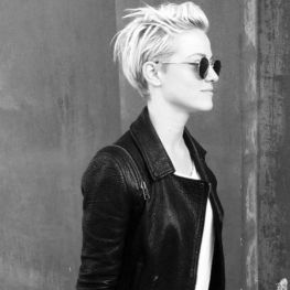 Short messy pixie haircut hairstyle ideas 66