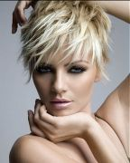 Short messy pixie haircut hairstyle ideas 68
