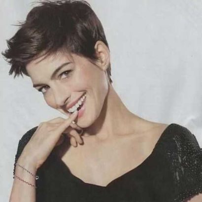 Short messy pixie haircut hairstyle ideas 79